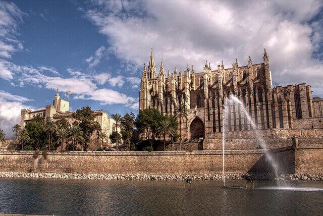 Trabajo para cuidar personas mayores en Baleares