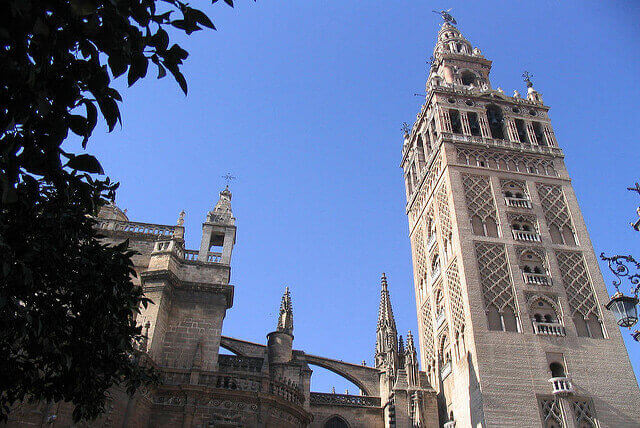 Trabajo para cuidar personas mayores en Sevilla