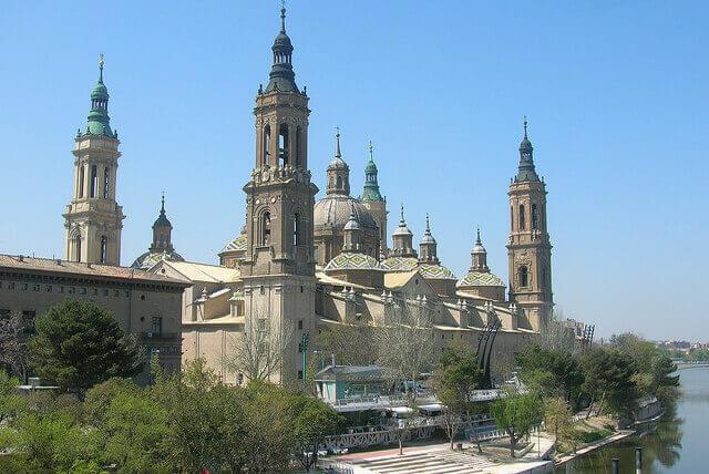 Trabajo para cuidar personas mayores en Zaragoza